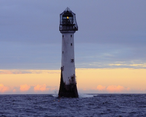 فانوس دریایی بل راک Bell Rock Lighthouse