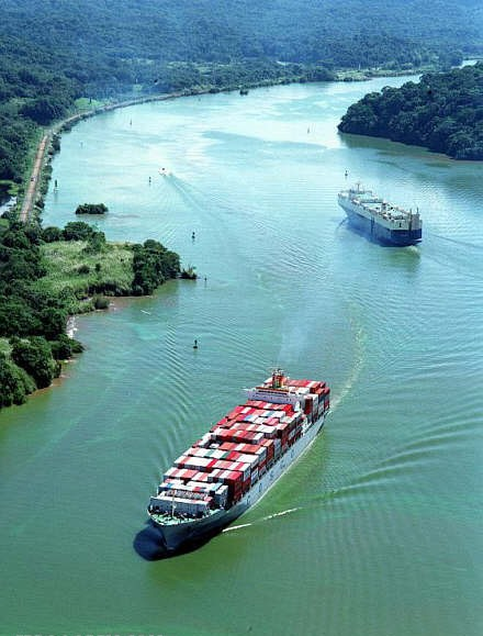 کانال پاناما (ارتباط میان اقیانوس اطلس و اقیانوس آرام The Panama Canal)