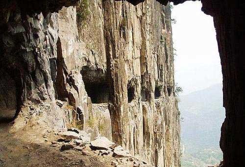 جاده تونلی گولیانگ (چین)
