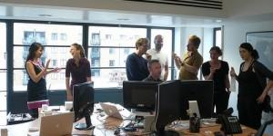 10 کاری که نباید در محل کارتان انجام دهید...