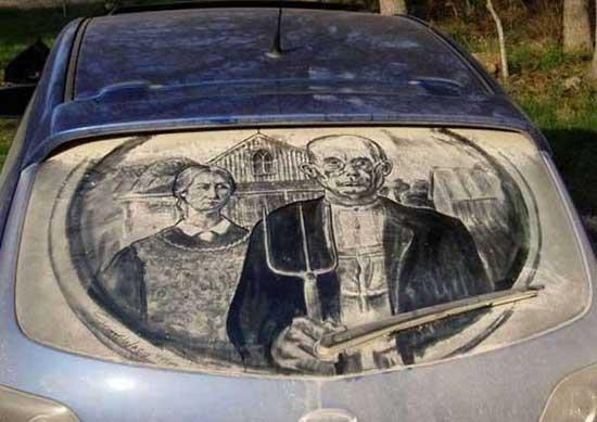 نقاشی روی ماشین کثیف (1)