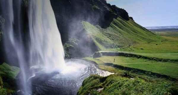 آبشار Selijalandsfoss - ایسلند