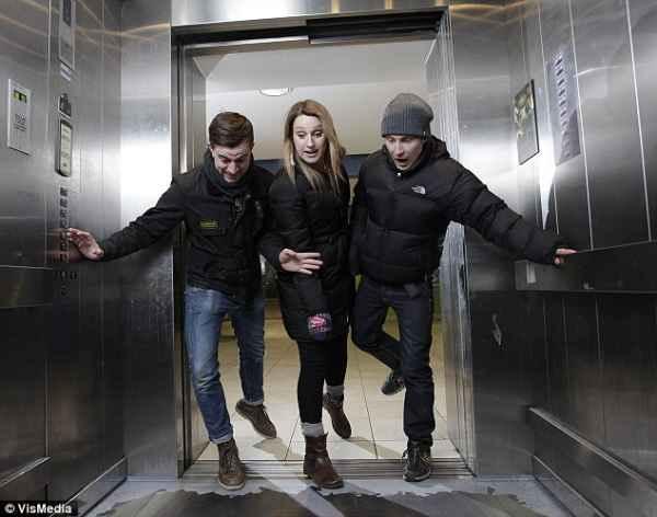توهم آسانسور در لندن (3)