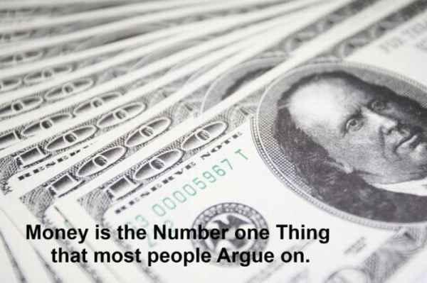 پول اول چیزی است که بیشتر مردم در مورد آن بحث می کنند