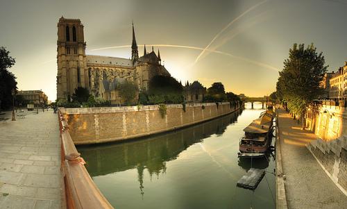 Notre Dame de Paris - 9-06-2006 - 7h20 by Panoramas