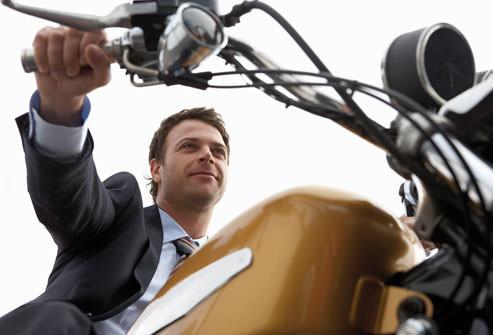 مرد موتورسوار