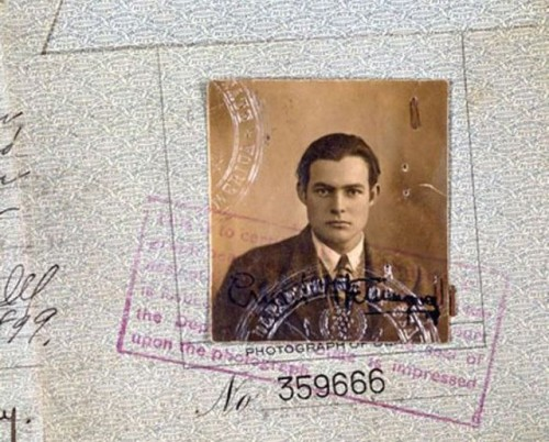 شناسنامهernest hemingway,گذرنامهernest hemingway,مشخصات خصوصیernest hemingway