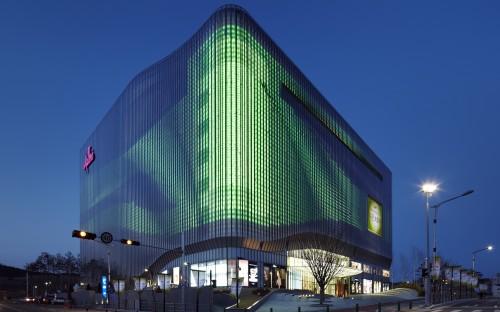 Arch2o-The-Moiré-Effect-at-Galleria-Cheonan-UNStudio-15-500x312