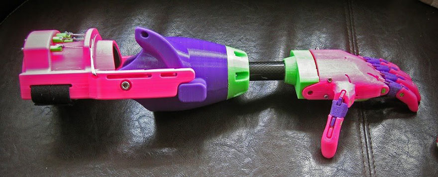 3d-printed-prosthetic-arm-stephen-davies-enable-isabella-2
