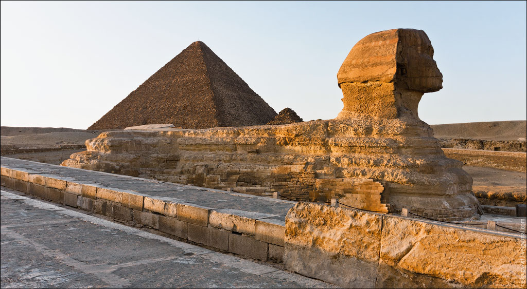 Arch2O-On-the-top-of-the-Great-Pyramid-Mister-Marat-and-Raskalov-Vit-07