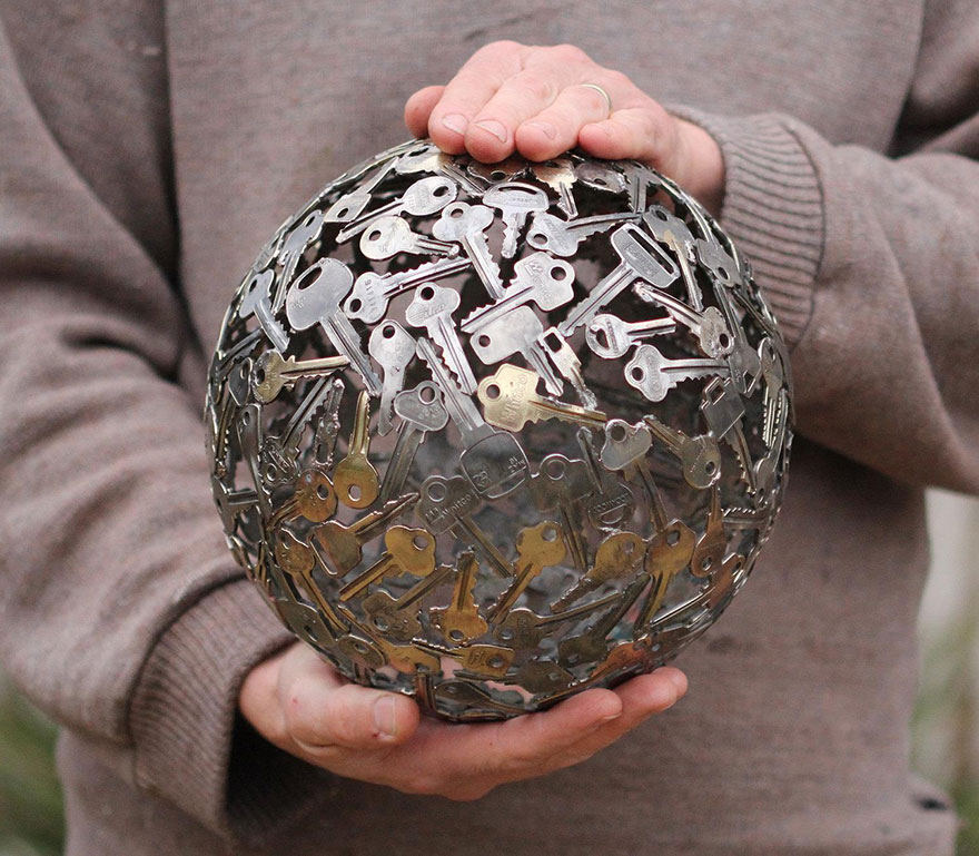 recycled-metal-sculptures-key-coin-michael-moerkey-3