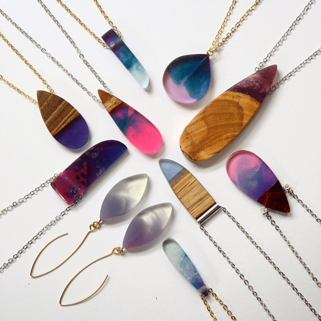 wood-jewelry-resin-boldb-britta-boeckmann-10