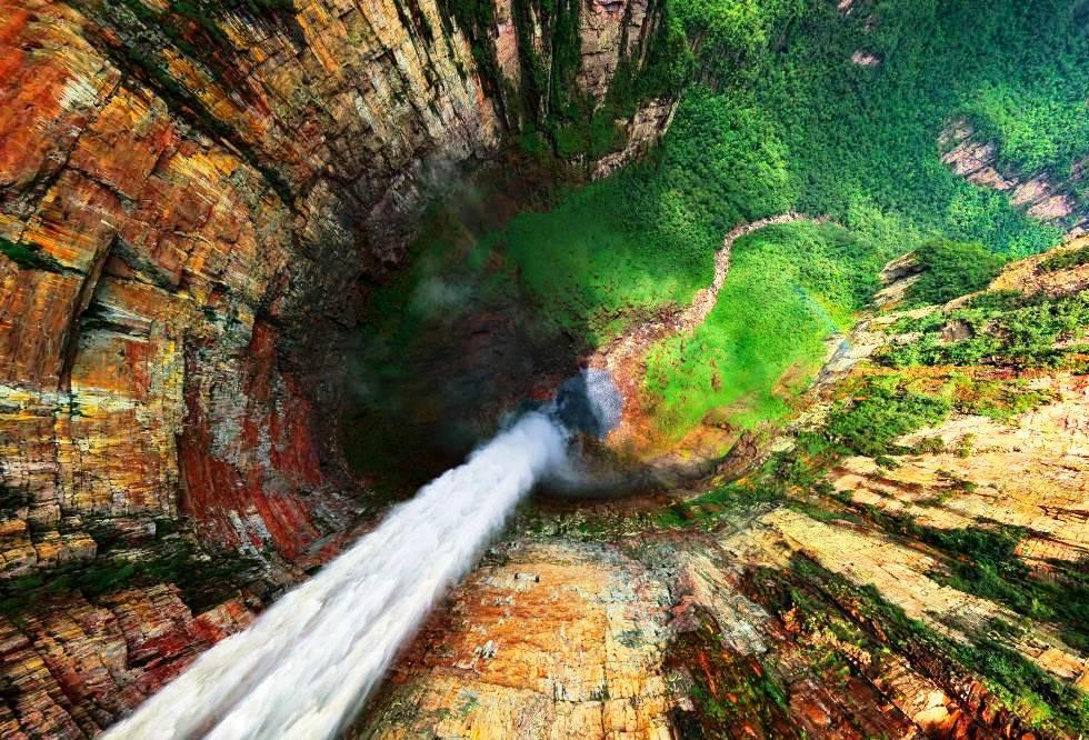 interesting-pictures-dragon-falls