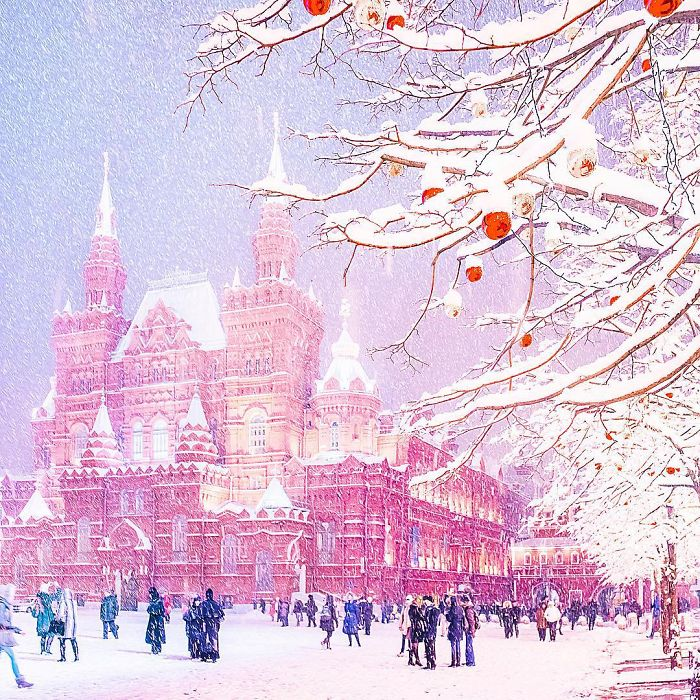 moscow-city-looked-like-a-fairytale-during-orthodox-christmas-11__700 - Copy