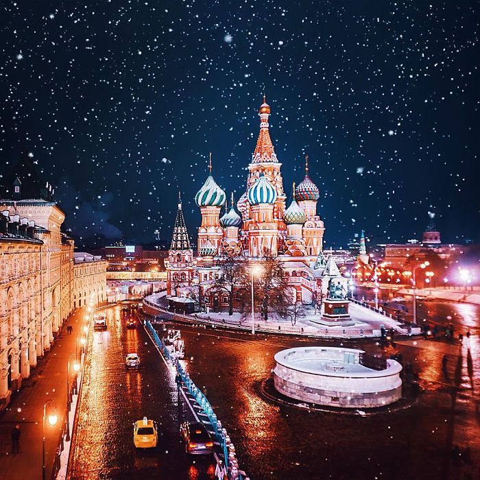 moscow-city-looked-like-a-fairytale-during-orthodox-christmas-12__700 - Copy