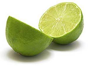 آب لیمو ترش در جلوگیری از سرطان سودمند است