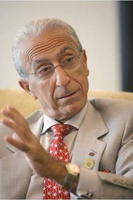 حقایقی در مورد پروفسور مجید سمیعی