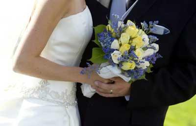 چرا عروس لباس سفید می پوشه؟ ::طنز::