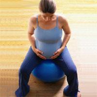 ورزش در دوران بارداری برای مادر و نوزاد خوب است.