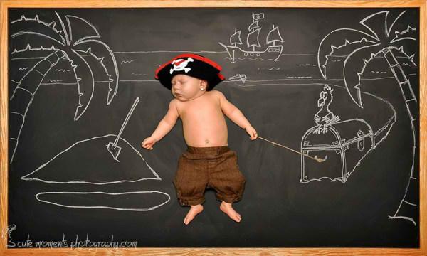 ماجرای تخته سیاه / تصاویر هنری از کودک در قاب تخته سیاه