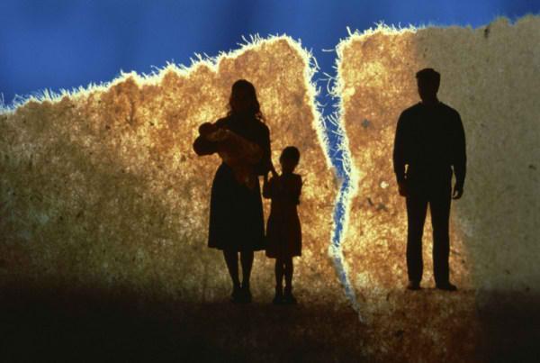 تفاوت سنی مناسب برای ازدواج + علل اصلی طلاق در سالهای اخیر