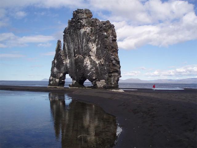 جزیره دایناسور,جزیره سنگی (10)
