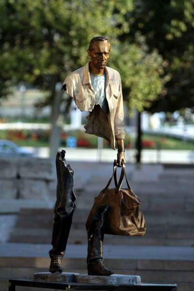 مجسمه سورئال (4)