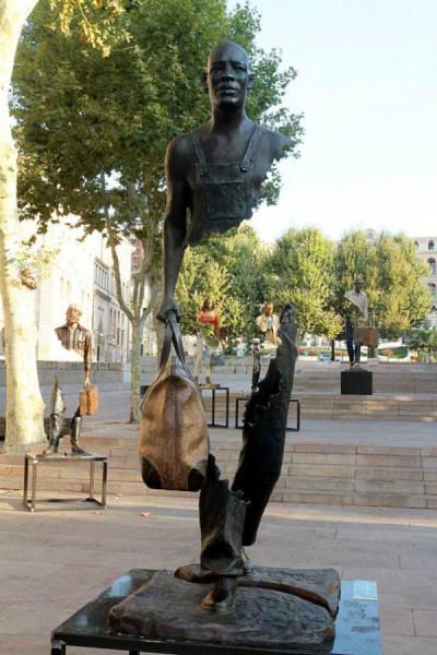 مجسمه سورئال (3)