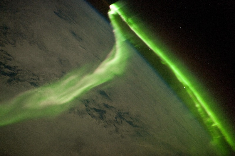 northern-lights-from-space