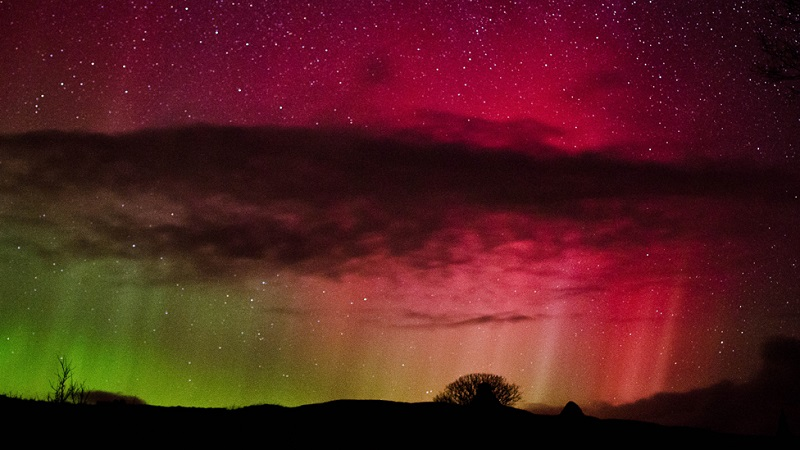 northern-lights-over-scotland
