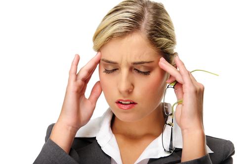 همه چیز در مورد دلایل سردرد و درمان آن