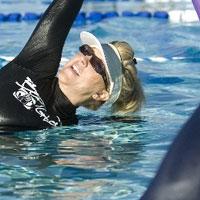 هشت حرکت ورزشی در آب برای خوش اندامی