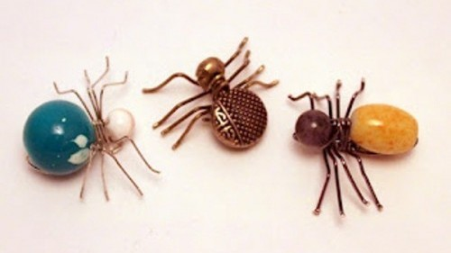 cool-spider-jewelry-for-halloween-1-500×501