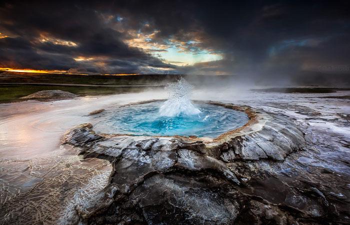 تصاویری از آبفشانهای کوهستانی در ایسلند
