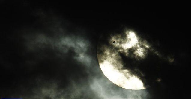 1796-14298-2012-06-06T030347Z_327773380_GM1E8660V2C01_RTRMADP_3_SPACE-VENUS