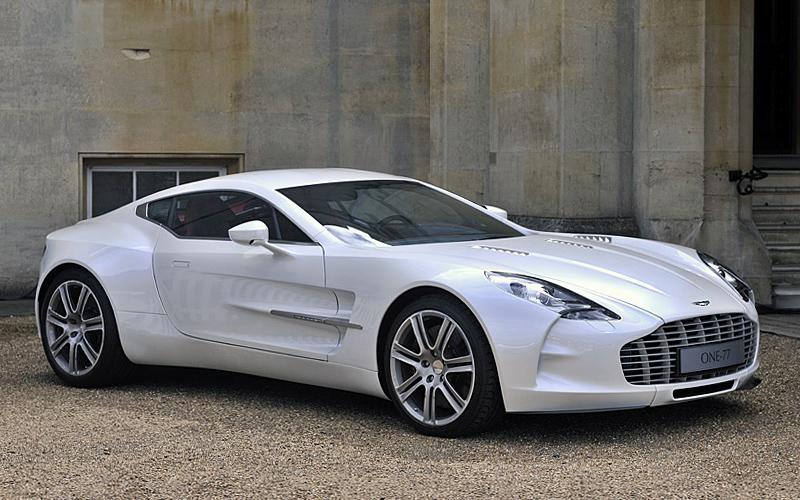 ۲۰۰۹ Aston Martin One-77