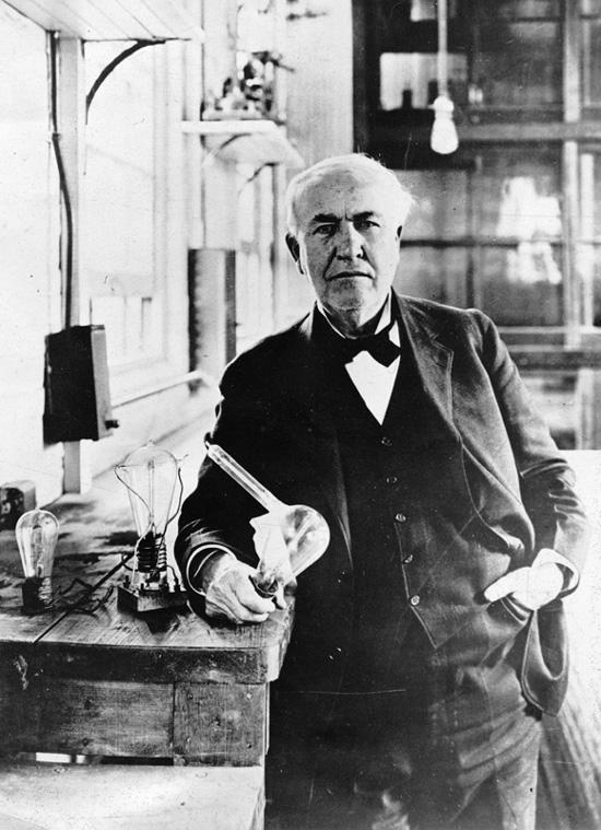ادیسون چگونه لامپ را اختراع کرد؟
