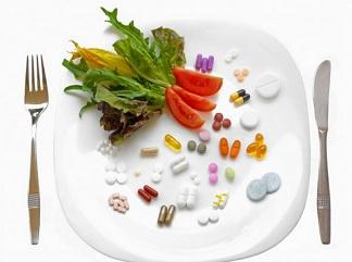 تحلیلی جامع بر تداخلات غذاها با هم و با داروها