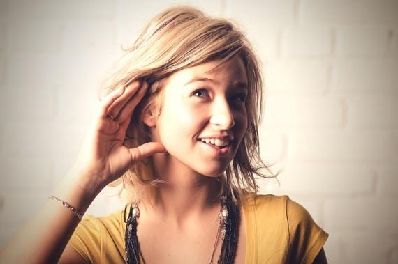 چگونه گوش انسان قادر به شنیدن صداها می باشد؟