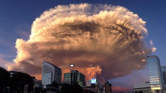 volcano-eruption-calbuco-chile-coverimage