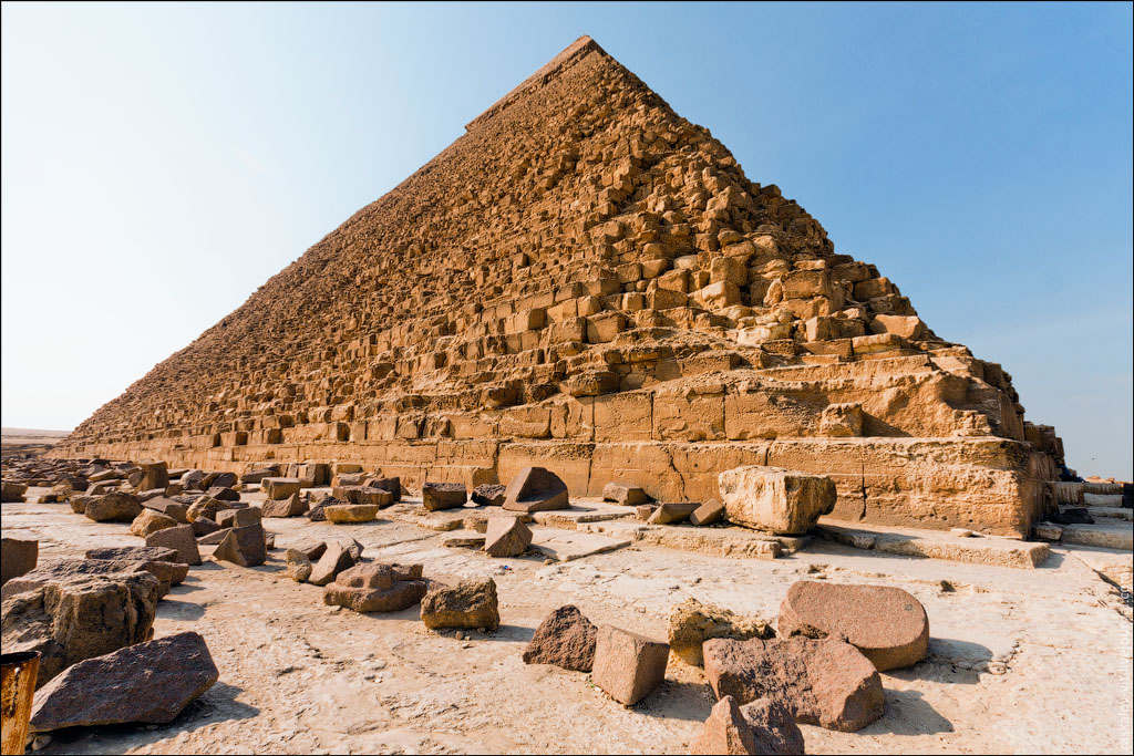 Arch2O-On-the-top-of-the-Great-Pyramid-Mister-Marat-and-Raskalov-Vit-03