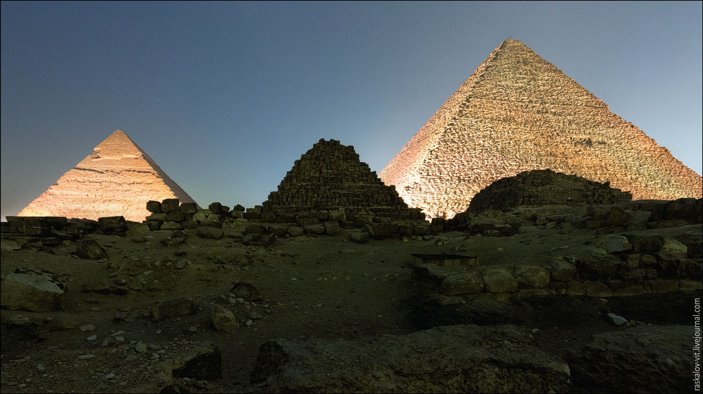 Arch2O-On-the-top-of-the-Great-Pyramid-Mister-Marat-and-Raskalov-Vit-04