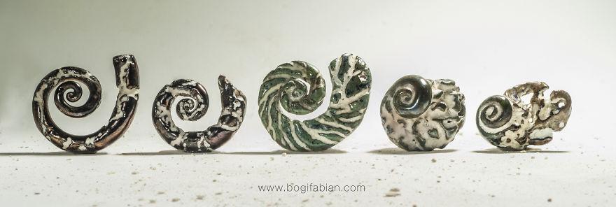 Imaginary-Glowing-Ceramics-Created-by-Hungarian-Artist-Bogi-Fabian9__880