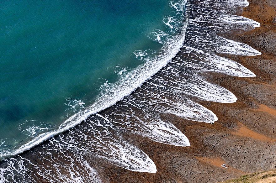 الگوهای مرموز در ساحل که دانشمندان قادر به تو ضیح آن نیستند