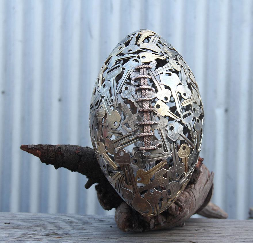 recycled-metal-sculptures-key-coin-michael-moerkey-10