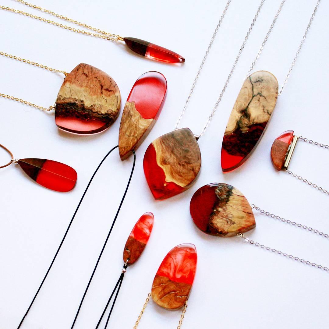 wood-jewelry-resin-boldb-britta-boeckmann-17