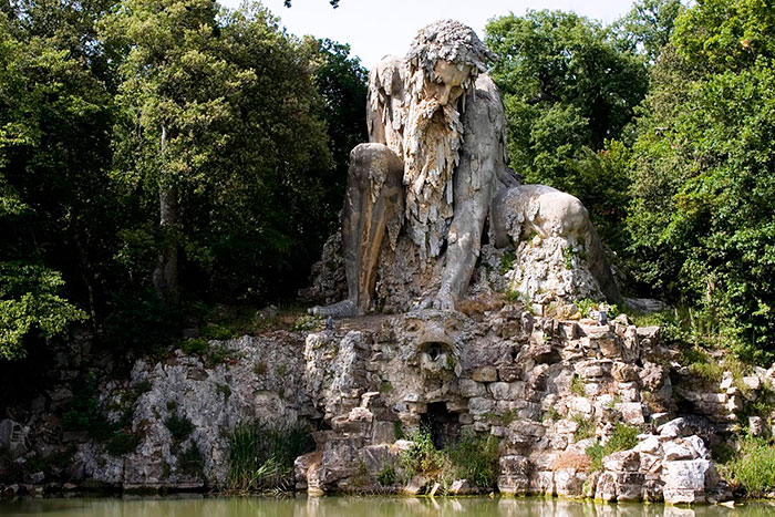 مجسمه کلوسوس غول پیکر در فلورانس ایتالیا