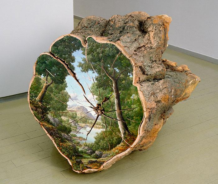 مناظر نقاشی شده بر روی کنده درختان