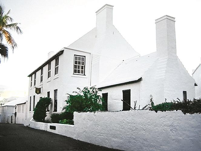 Bermuda-Stewart_Hall