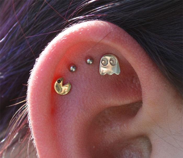 creative-earrings-36__700